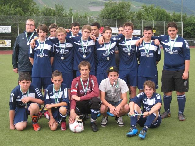 B-Jugend nach der Siegerehrung zum Kreismeister 2011
